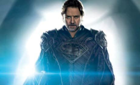 Man of Steel Featurette: Zack Snyder Explains His Vision