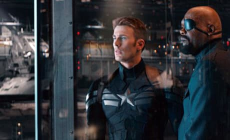 Captain America The Winter Soldier Photos: Cap Kicks Ass!