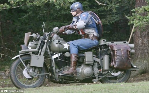 Captain America Motorcycle Stuntman 1