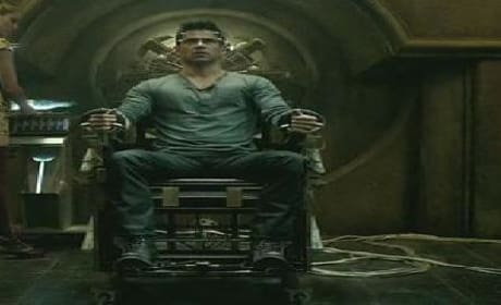 Total Recall Trailer: Colin Farrell Finds the Truth