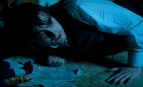 Woman in Black: Clip Shows Daniel Radcliffe's Horror