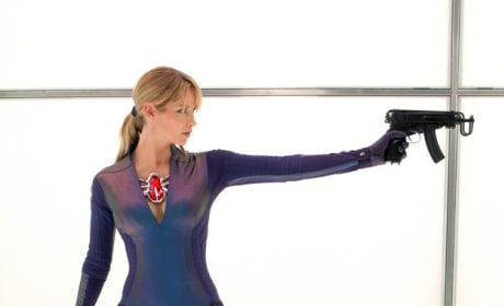 Resident Evil Retribution Stills: Who's Got the Weirdest Gun?