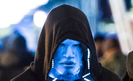 The Amazing Spider-Man 2 Set Photos: First Look at Electro