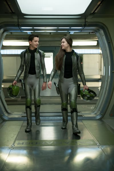 Ender's Game Asa Butterfield Hailee Steinfield