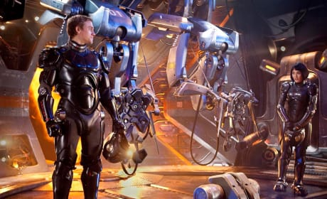 Pacific Rim Sequel Plans Get Underway Before It's Even Released