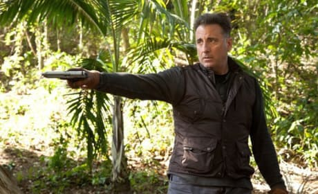 A Dark Truth Review: Andy Garcia Wages War