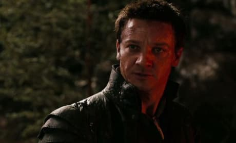 Jeremy Renner Stars in Hansel and Gretel Witch Hunters