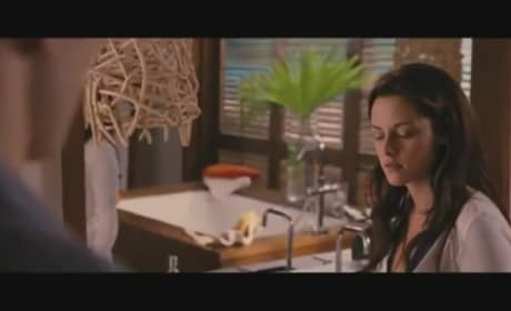 "The Twilight Saga: Breaking Dawn Part 1 ""I'm Late"" Clip"
