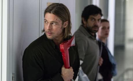 World War Z Brad Pitt Axe Pic