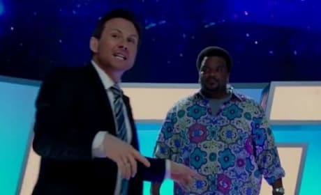 Hot Tub Time Machine 2 Clip: Craig Robinson Plays Choozy Doozy!