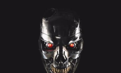 Terminator: Genisys Motion Poster