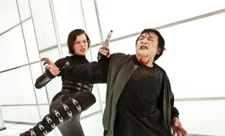Resident Evil Retribution Stars Milla Jovovich