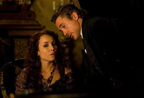 Noomi Rapace and Robert Downey Jr. in Sherlock Holmes: A Game of Shadows