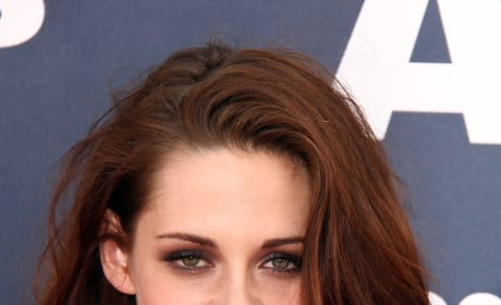 Kristen Stewart to Star in Lie Down in Darkness: She'll Play Main Character 'Peyton'