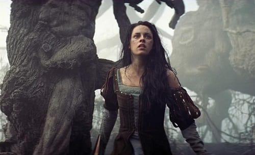 Snow White and the Huntsman: Kristen Stewart Photo