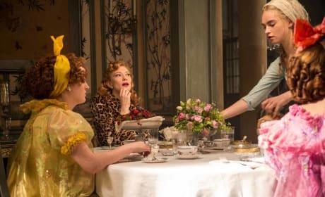 Cinderella Lily James Cate Blanchett