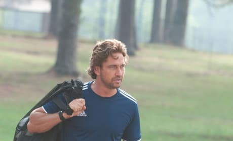 Playing for Keeps Stills: Gerard Butler as an Ex-Soccer Star