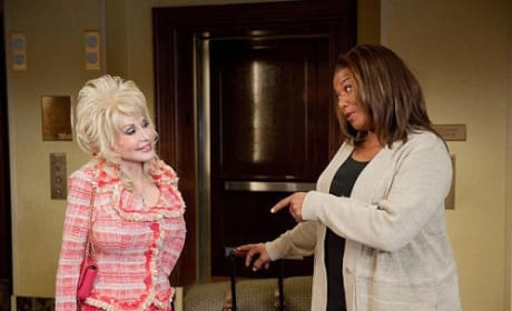 Queen Latifah and Dolly Parton in Joyful Noise