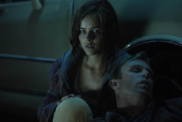 Emma Randall as Ellie Landon