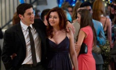 Jason Biggs and Allyson Hannigan in American Reunion