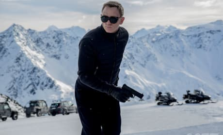Spectre First Photo & Behind-the-Scenes Footage: Bond Is Back!