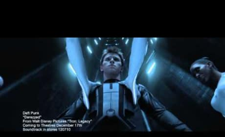 Tron Legacy Daft Punk Derezzed Music Video