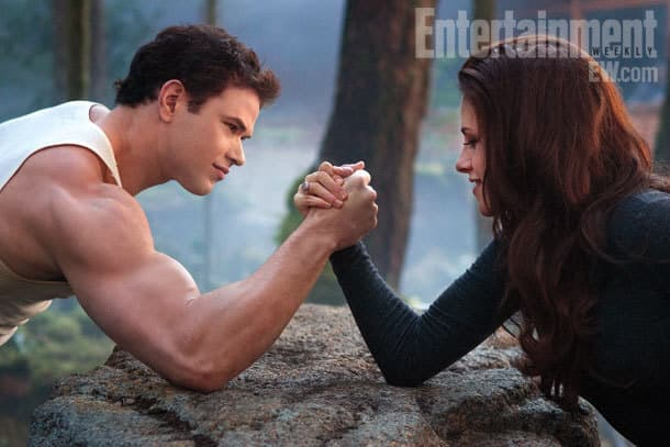 Kellan Lutz and Kristen Stewart