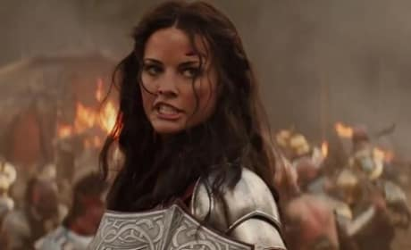 Thor The Dark World Jaimie Alexander is Sif