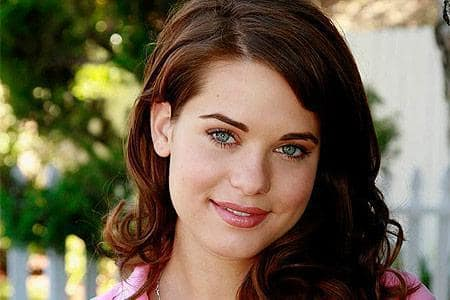Lyndsy Fonseca Picture