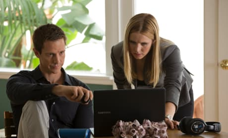 "Veronica Mars Exclusive: Jason Dohring Dishes ""Underdog"" Leading Lady"