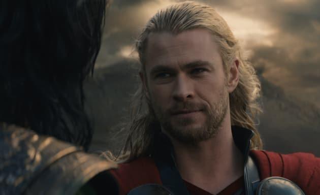 Thor: The Dark World Chris Hemsworth Photo