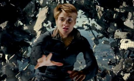 Insurgent Trailer: Tris Is The One!