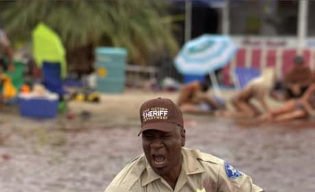 Ving Rhames Gets Midieval with an Outboard!