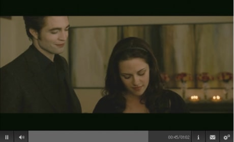 New Moon Clip: Bella's Paper Cut