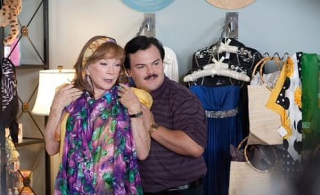Shirley MacLaine and Jack Black in Bernie