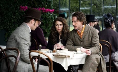 Robert Downey Jr and Jude Law in Sherlock Holmes: A Game of Shadows