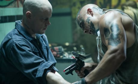 Elysium Stills Arrive: Tattooed Matt Damon