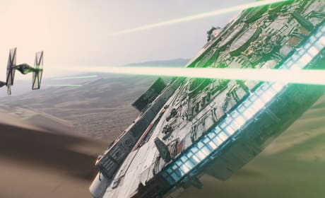 Star Wars: The Force Awakens Millennium Falcon