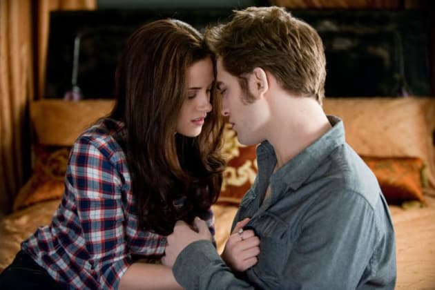 Bella and Edward on the Couch