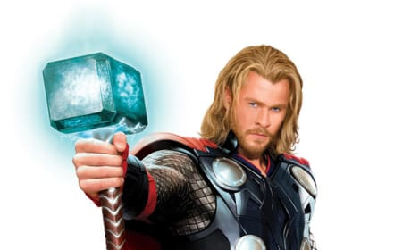 Chris Hemsworth Full-Body Thor Costume