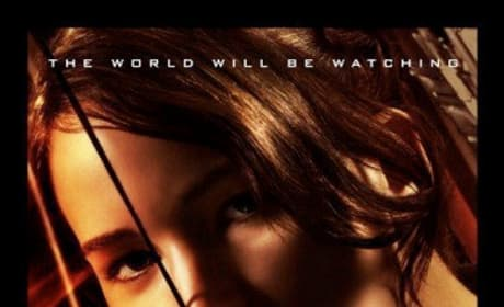 Final Poster for The Hunger Games: Katniss Close-Up