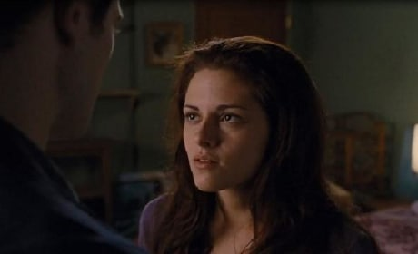The Twilight Saga: Breaking Dawn Love Forever TV Spot Premieres