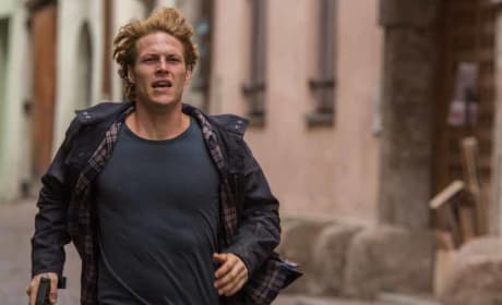 Point Break Luke Bracey Still
