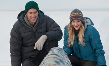 Drew Barrymore and John Krasinski in Big Miracle