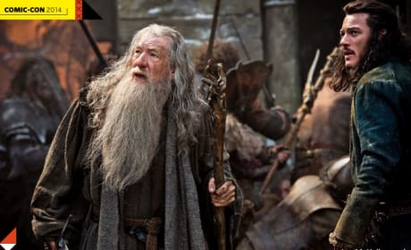 The Hobbit The Battle of the Five Armies First Photo: Gandalf Fights!