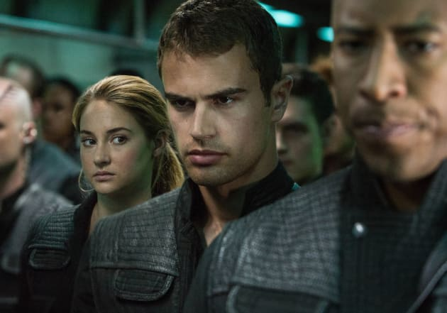 Divergent stars shailene woodley and theo james