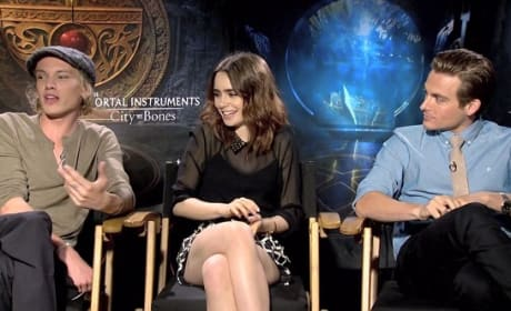 The Mortal Instruments: City of Bones Lily Collins Jamie Campbell Bower