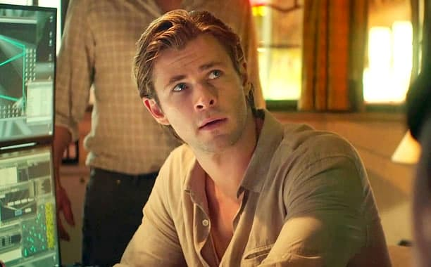 Chris Hemsworth Blackhat Movie Photo