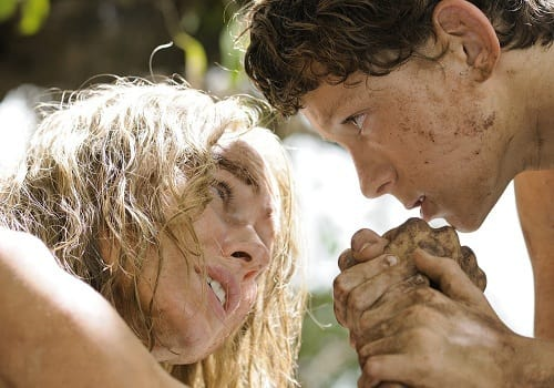 Naomi Watts and Tom Holland in The Impossible