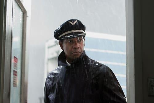 Denzel Washington Stars in Flight